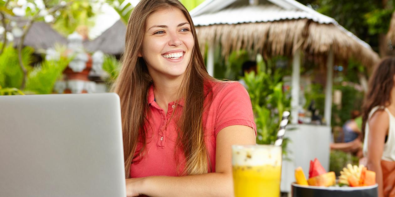 Guaranteed No Stress: Tech Essentials for Digital Nomads